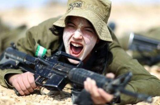 donna soldato
