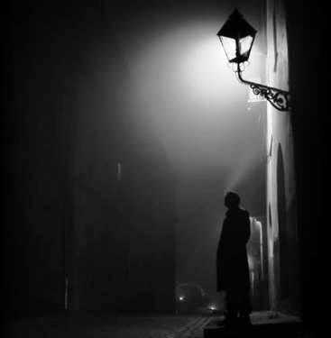 uomo buio